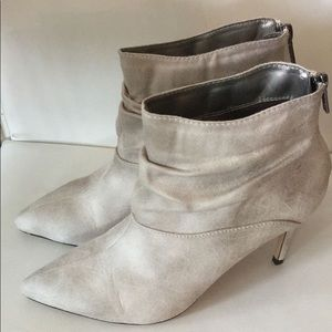 Super cute and comfy booties!